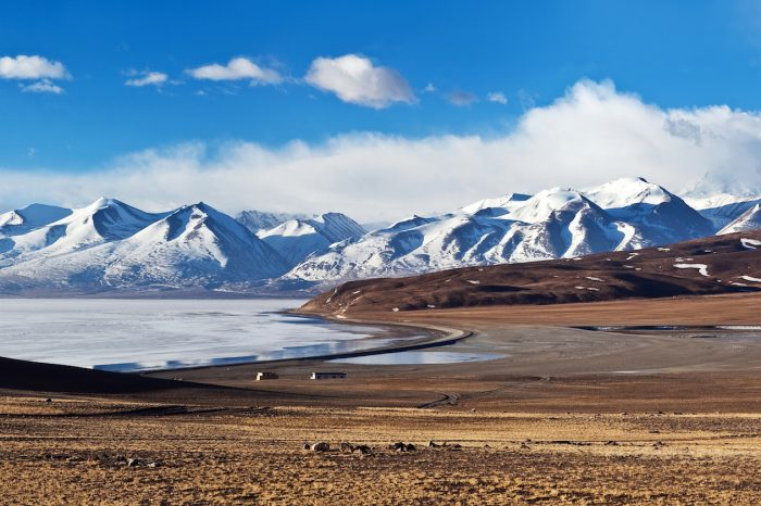 Mount Kailash Manasarovar Lake Trek – 15 Days